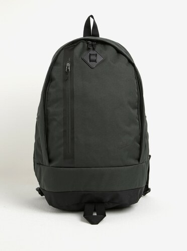 fcc4c1bdcc Tmavě zelený batoh Nike Cheyenne 27 l - Glami.cz