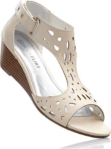 a987299f38b8 Bonprix Klinové sandále - Glami.sk