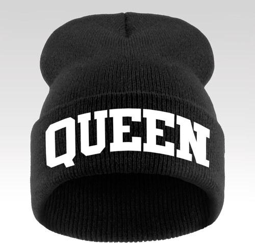 6682ec94a Wayfarer Dámska zimná čiapka s nápisom Queen čierna - Glami.sk