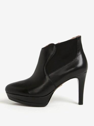 Černé kožené kotníkové boty na vysokém podpatku Tamaris - Glami.cz d8ae9ba662