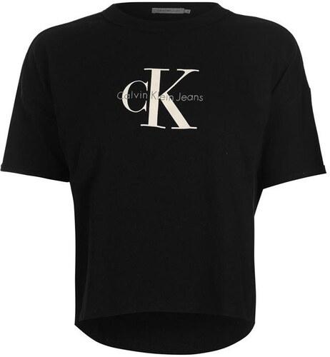 1cce4df2fa64 PRÁVĚ ZLEVNĚNO! Dámské tričko Calvin Klein - Glami.cz