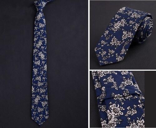 58537d79ecf Modro-bílá bavlněná kravata s květinovým vzorem - Glami.cz