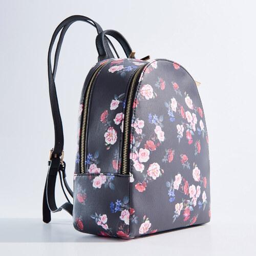 Mohito - Malý květovaný batoh - Vícebarevn - Glami.cz 06e7149ac1