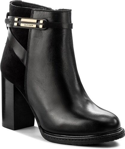b25dde93f5 Členková obuv TOMMY HILFIGER - Hillary 9C FW0FW01436 Black 990 ...