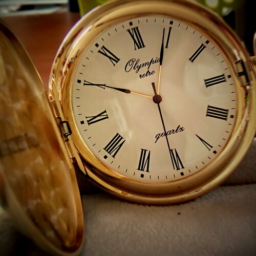 d363dbd0364 Luxusní zlacené kapesní hodinky Olympia 30603 s římskými číslicemi ...