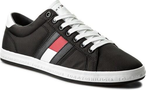 Teniși TOMMY HILFIGER - Essential Flag Detail Sneaker FM0FM01535 Black 990 f9ddd3d032d