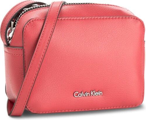 Kabelka CALVIN KLEIN - Ck Zone Small Crossbody K60K603975 908 - Glami.cz da19f0437e4