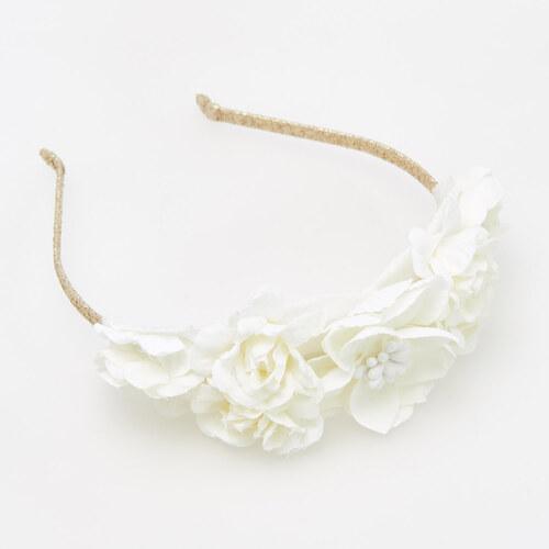 66520e73bee Reserved - Čelenka do vlasů s květinovou ozdobou - Bílá - Glami.cz
