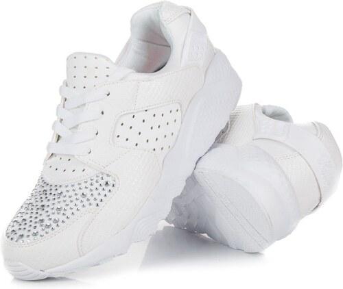 3cbd0e9be47e Kylie Biele športové topánky s kamienkami - Glami.sk