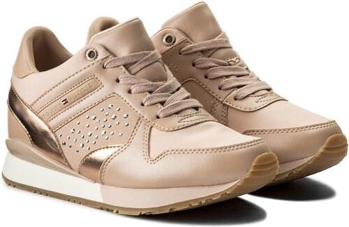 Tommy Hilfiger pudrové tenisky Metallic Sneaker Wedge Dusty Rose - 36 c3f5a7dc351