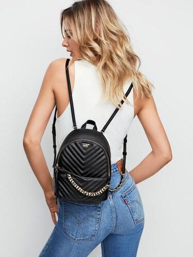 1cf52315305 Victoria s Secret luxusní černý batůžek Pebbled V-Quilt Small City Backpack