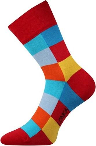 2bbfee1b8e4 Lonka Červené pánské ponožky s kostkami Decube - Glami.cz