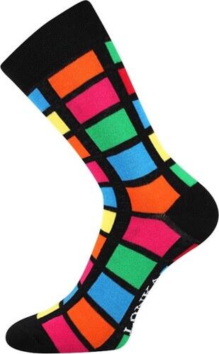 b9638eb6987 Lonka Černé pánské ponožky s barevnými obdelníky - Glami.cz