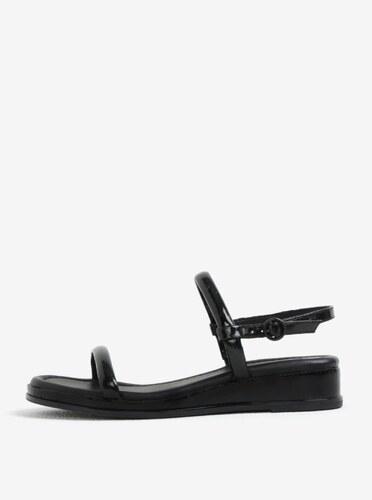 Čierne sandále DKNY - Glami.sk a0f1578b9f