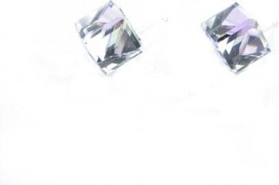 Náušnice swarovski Cube 8 mm vo farbe CRYSTAL VL – napichovačky For You  Nau-kocka 2143ee6c014