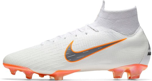 067ec3d21ae Image may contain shoes Kopačky Nike MERCURIAL SUPERFLY VI ELITE FG  AH7365-107 . ...