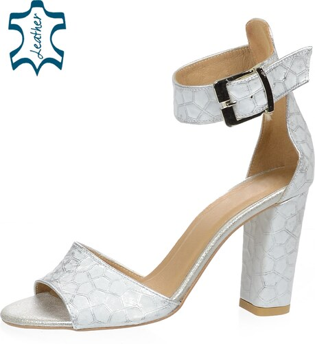 86b1521305 OLIVIA SHOES Strieborné dámske sandále na hrubom podpätku s potlačou DSA058