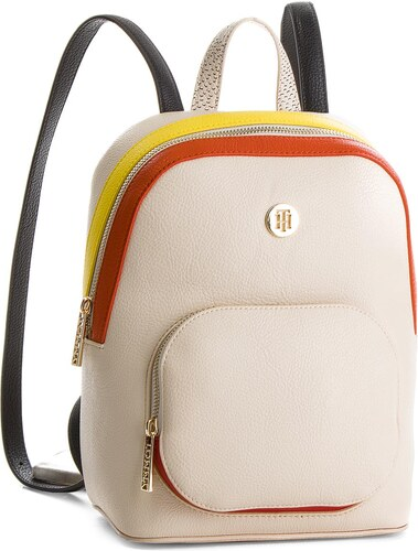 Batoh TOMMY HILFIGER - Th Core Backpack AW0AW05447 902 - Glami.cz 349ec47d11