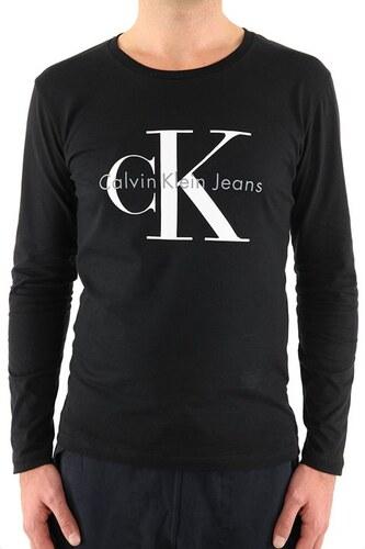 c1b45f494 Pánské tričko Calvin Klein Jeans s dlouhým rukávem - černá - Glami.cz