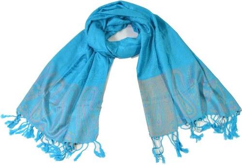 07a359fa9f5 Modrý šál s jemným paisley designem a třásněmi