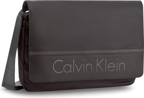 50b2bb6467 Laptoptáska CALVIN KLEIN - Matthew Messenger W K50K502886 001 - Glami.hu
