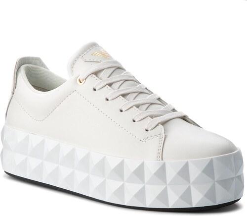 6710f9b32d Sneakersy EMPORIO ARMANI - X3X059 XF258 00001 Off White - Glami.cz