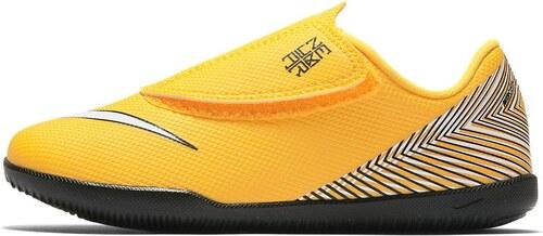 720983ba652 Sálovky Nike JR VAPORX 12 CLUB PS (V)NJR IC AO2901-710 - Glami.cz