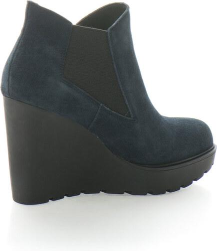 Calvin Klein Jeans Sydney nyersbőr chelsea csizma telitalppal - Glami.hu 119f24087d