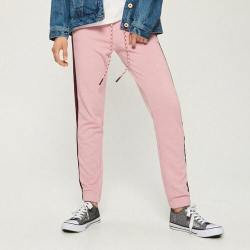 249a7c5c368 Sinsay - Teplákové kalhoty s pruhy - Růžová - Glami.cz