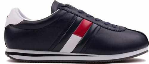 Tommy Hilfiger tmavo modré kožené pánske tenisky Retro Flag Sneaker ... 51d4ccdcff3