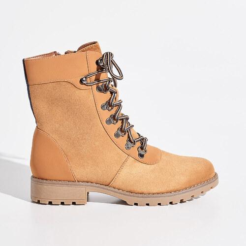 69576bb00840 Sinsay - Členkové topánky so šnurovaním - Béžová - Glami.sk