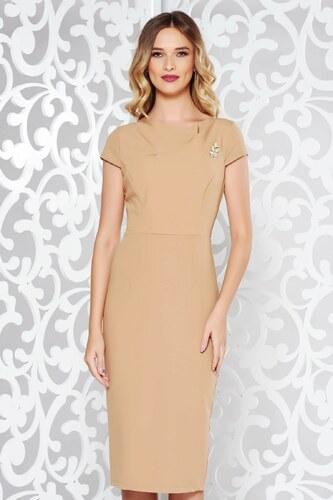 Krém StarShinerS elegáns ruha szűk szabás enyhén rugalmas anyag bross  kiegészítővel 9c580c59bb