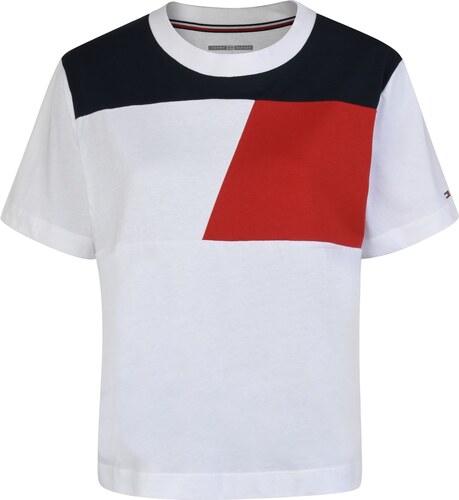 Tričko Tommy Hilfiger Logo T Shirt - Glami.sk 06e81f553fd