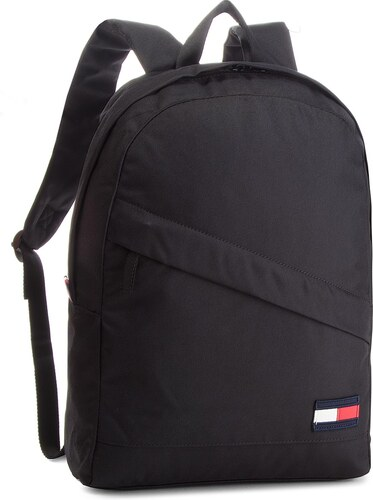 Batoh TOMMY HILFIGER - Tommy Core Backpack AM0AM03588 002 - Glami.cz b86470819fa