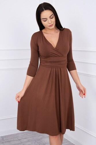 29432315dcdc MladaModa Voľné šaty s preväzom pod hrudníkom model 8314 hnedé ...