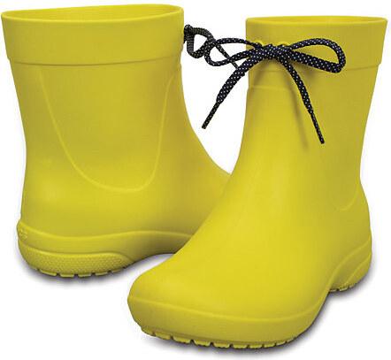 3dfbce8143c Crocs Dámské žluté holínky Crocs Freesail Shorty RainBoot Lemon 203851-7C1