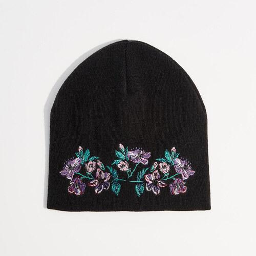 Mohito - Sapka virághímzéssel - Fekete - Glami.hu 3e3bff2032