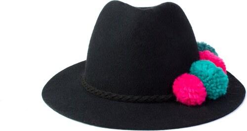 17ad28f41b3 Vlněný klobouk s bambulkama Ystrdy - Glami.cz