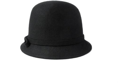5c1a51e1d60 Vlněný klobouk s mašličkou černý Ystrdy - Glami.cz