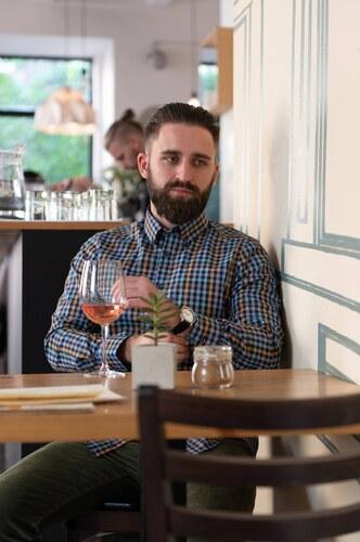 4ce69c221a69 STEVULA Kockovaná slim fit košeľa z popelínu s golierom Button-Down ...
