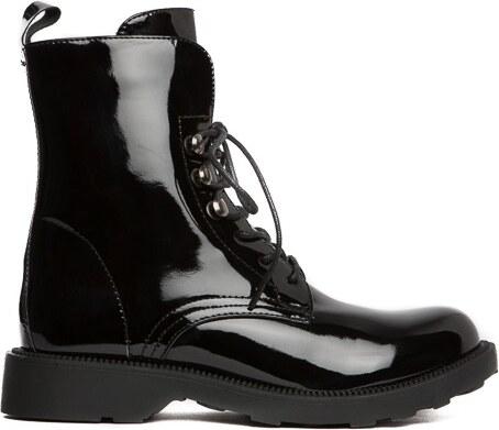Dámské černé kotníkové boty Litzy 104 - Glami.cz 069f015dfe