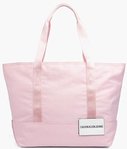 Calvin Klein púdrová športová kabelka Sport Essential Carr - Glami.sk 3ff7491f0bc