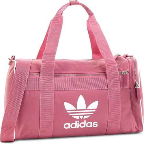 Táska adidas - Duffle M Ac DH4323 Tramar - Glami.hu 41a462d077