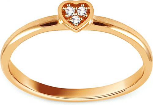 iZlato Design Zlatý prsteň so srdiečkom ozdobeným zirkónmi IZ13267 ... e6ba21e7aee