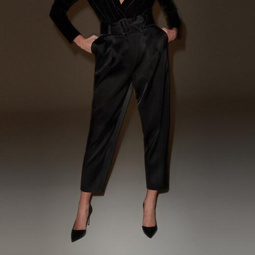 c9ee2e9a55a8 Reserved - Elegantné nohavice so saténovým povrchom - Čierna - Glami.sk