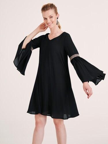 heine TIMELESS Koktejlové šaty s aplikací z nýtů černá - Glami.cz 96a8851801