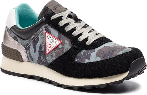Sneakersy GUESS - FM6CHA FAL12 BLACK - Glami.cz 292e5a8269