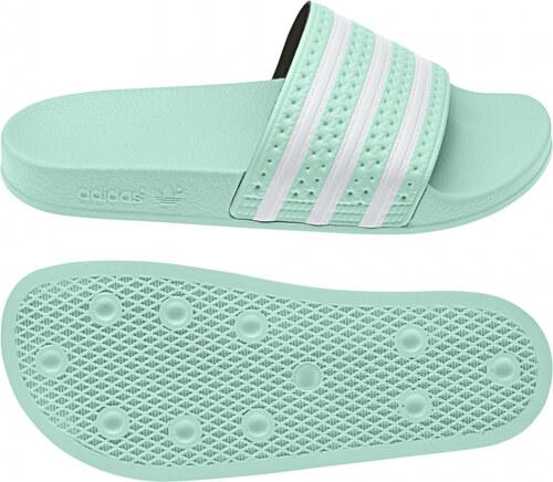 Dámske šľapky adidas Originals ADILETTE W (Svetlo zelená   Biela ... 3930b021949