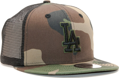 differently 496f8 be1d4 -10% Kšiltovka New Era 9FIFTY Trucker Los Angeles Dodgers Essential  Woodland Camo Black Snapback
