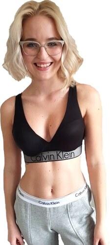 b3d3b0e468 -10% Dámská sportovní podprsenka Calvin Klein push-up Customized Stretch  černá